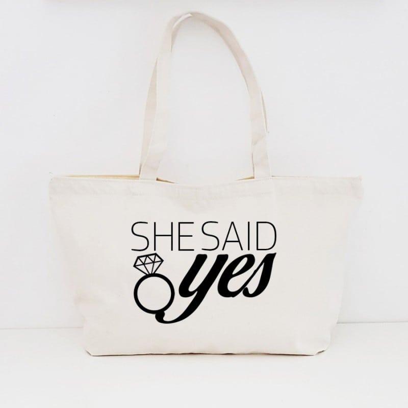 """She Said Yes"" Τσάντα για τις φίλες με φερμουάρ"
