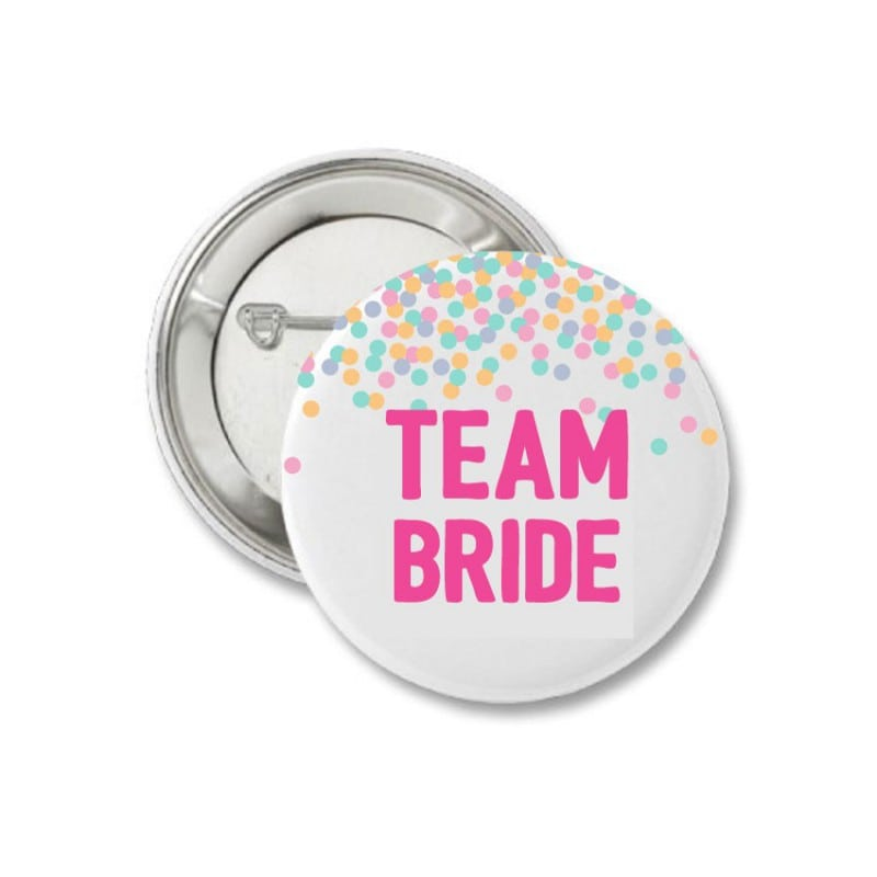 Confetti Κονκάρδα για τις φίλες της νύφης